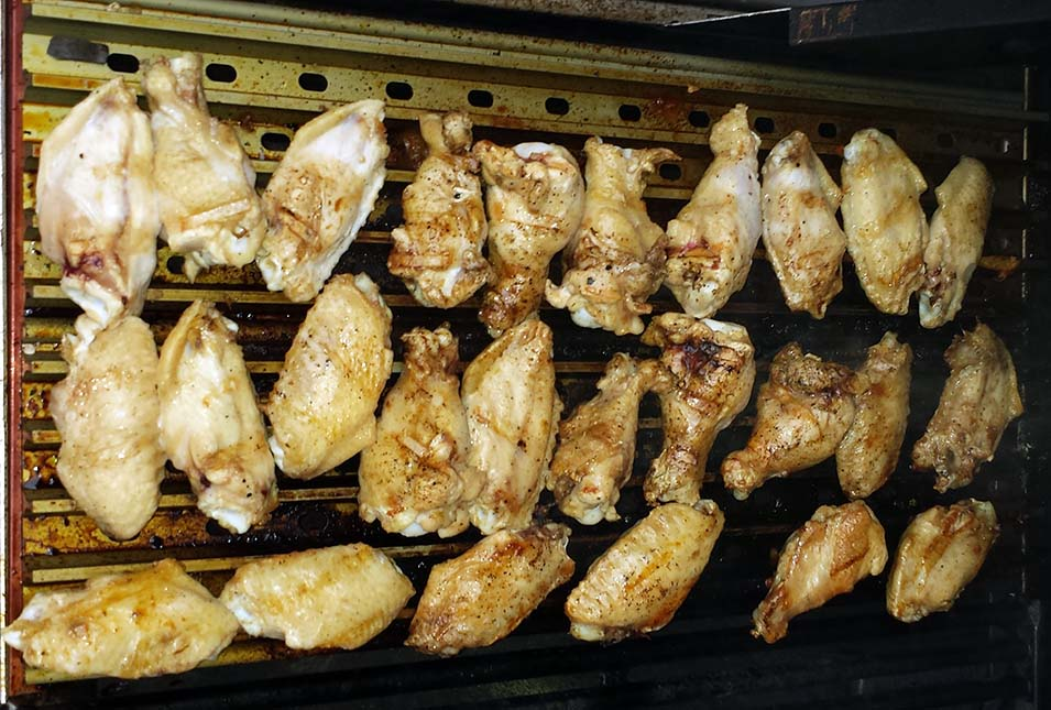 GrillGrate Chicken Wings