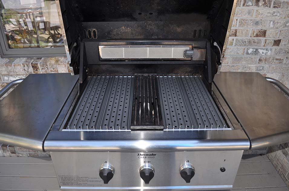 The Extreme Grill Makeover With GrillGrates!