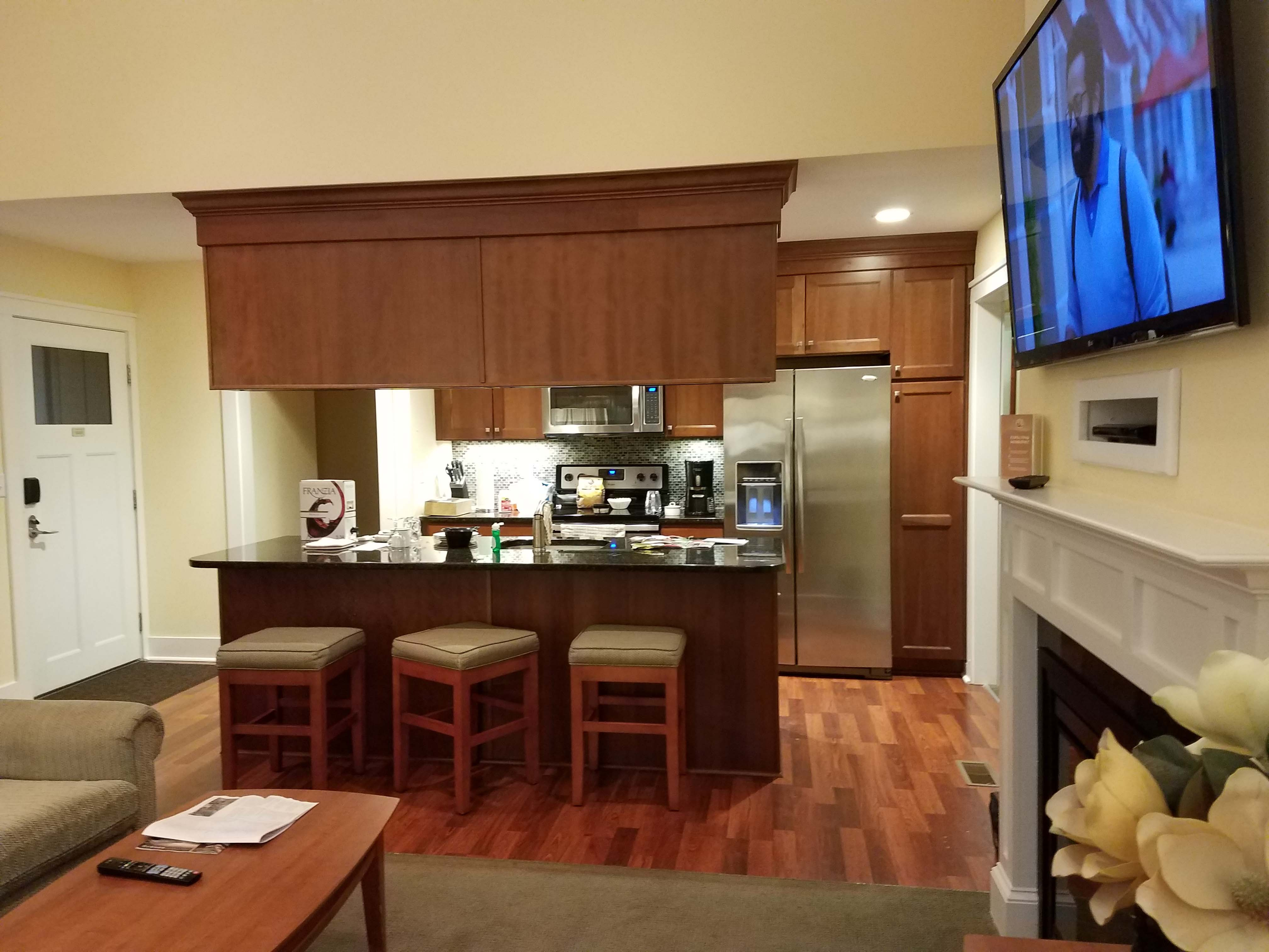 Regal Vista Kitchen